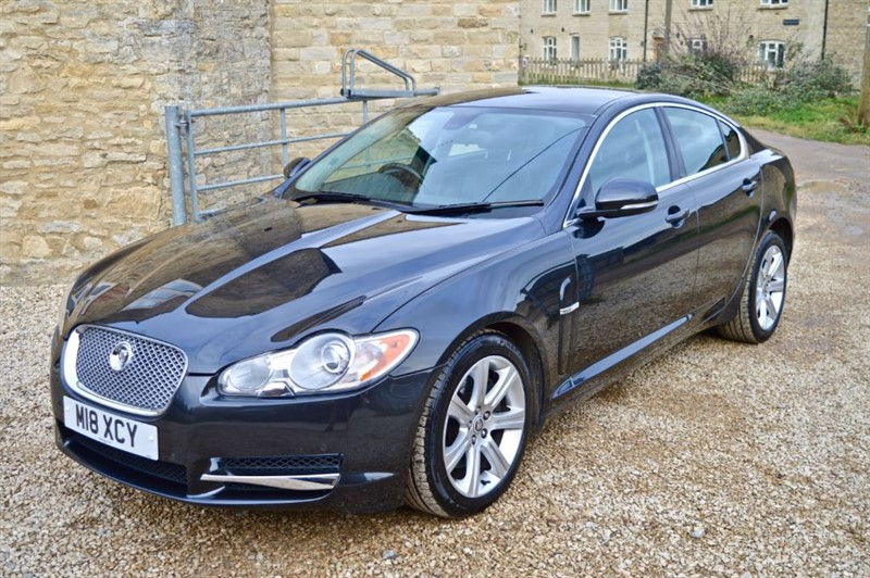 used Jaguar XF 3.0D V6 Luxury in salford-oxfordshire