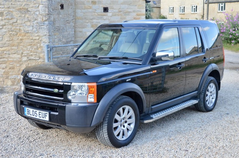 used Land Rover Discovery 4.4 V8 SE Auto in salford-oxfordshire