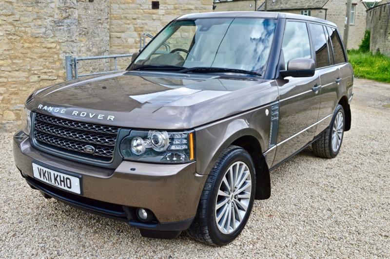 used Land Rover Range Rover TDV8 VOGUE SE in salford-oxfordshire