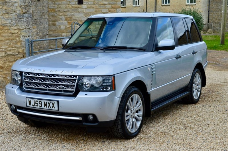 used Land Rover Range Rover 3.6 TDV8 Vogue SE in salford-oxfordshire