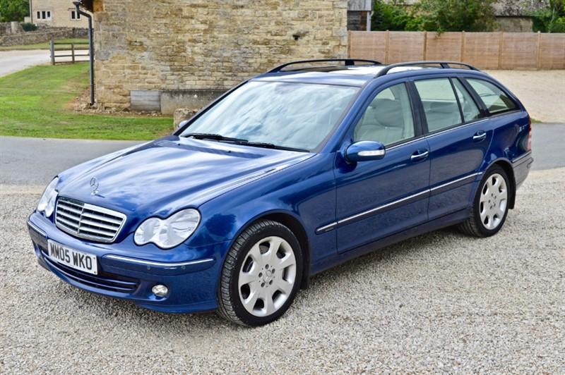 used Mercedes C320 CDI Elegance SE in salford-oxfordshire