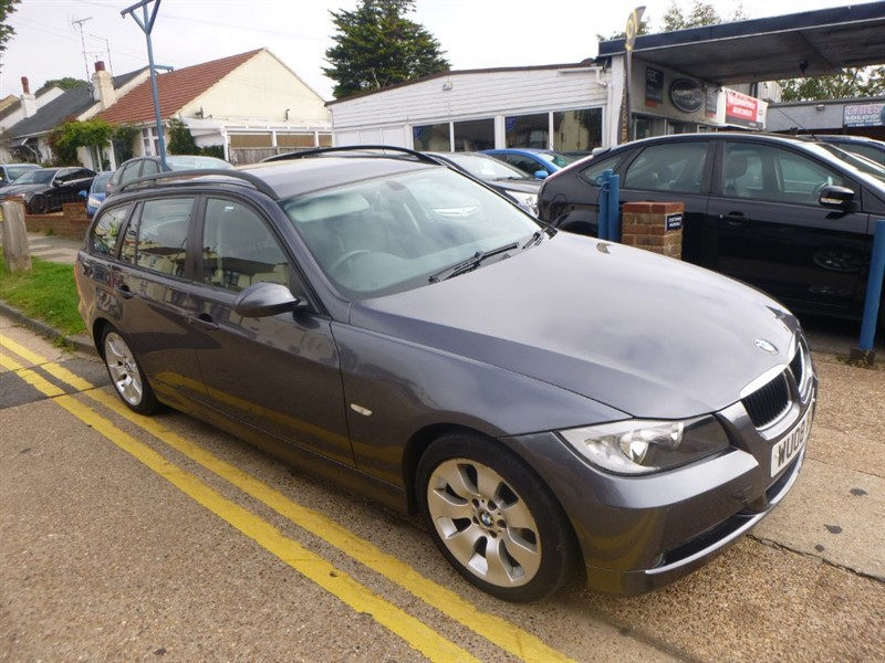 used BMW 320i EDITION SE TOURING in Essex