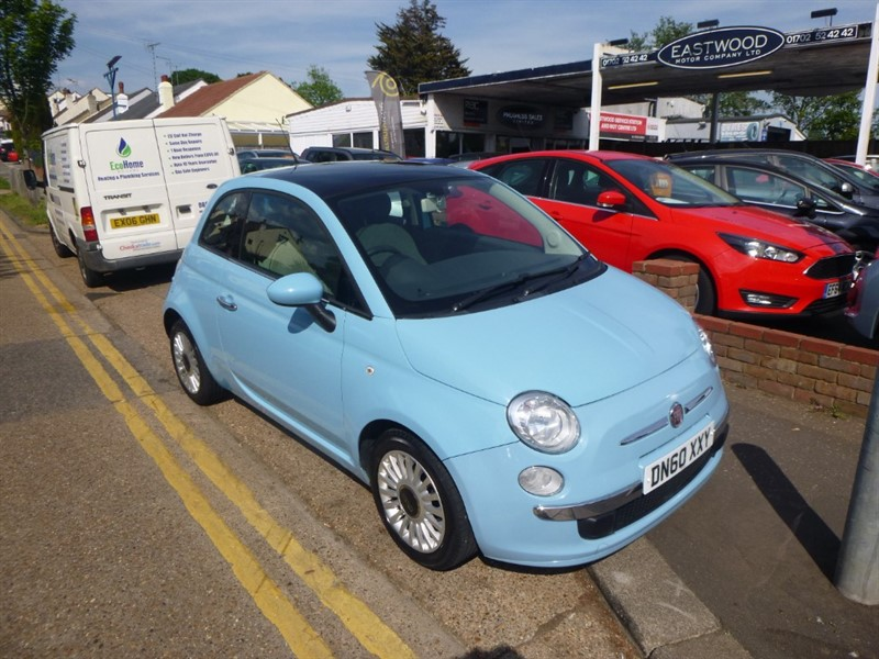 used Fiat 500 LOUNGE in Essex