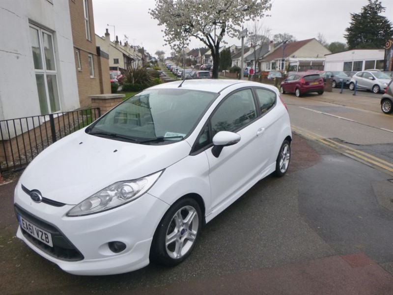 used Ford Fiesta ZETEC S TDCI in Essex