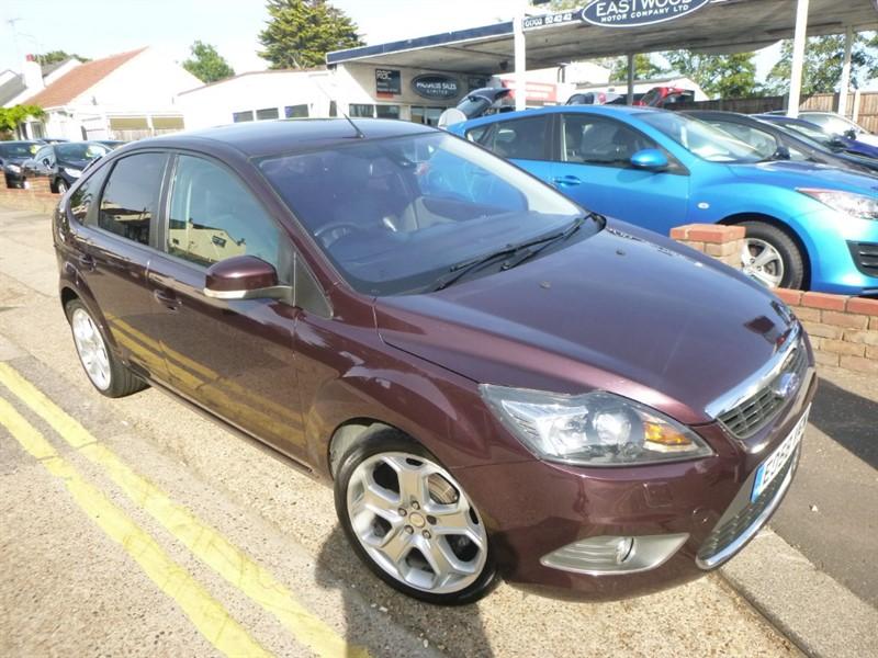 used Ford Focus TITANIUM in Essex
