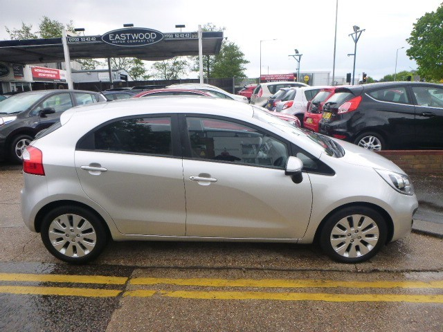 used Kia Rio CRDI 2 ECODYNAMICS in Essex
