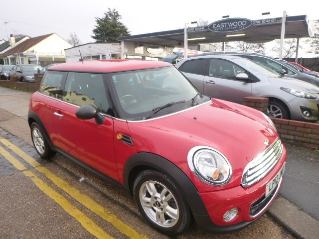 used MINI One ONE D in Essex