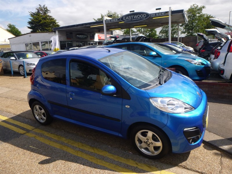 used Peugeot 107 ALLURE in Essex
