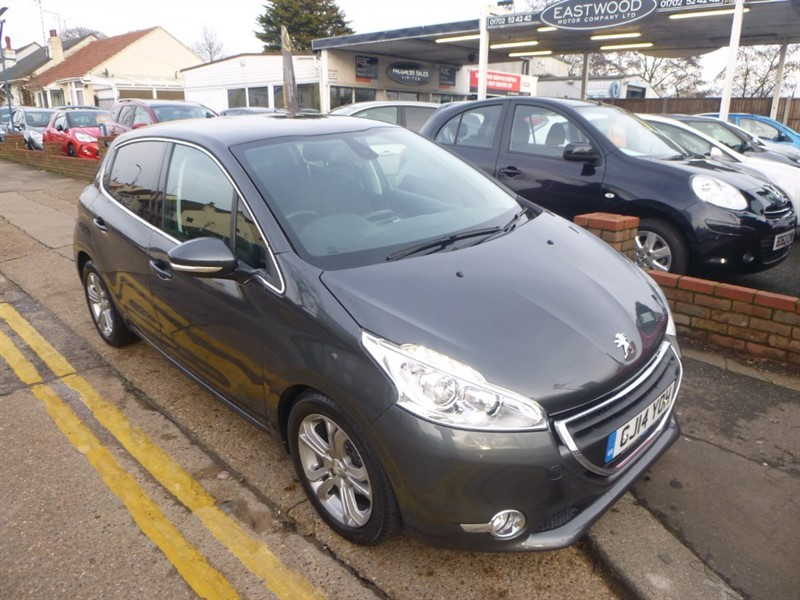 used Peugeot 208 E-HDI ALLURE in Essex