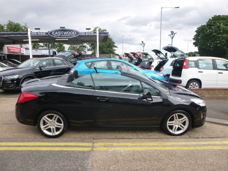 used Peugeot 308 HDI CC SE in Essex