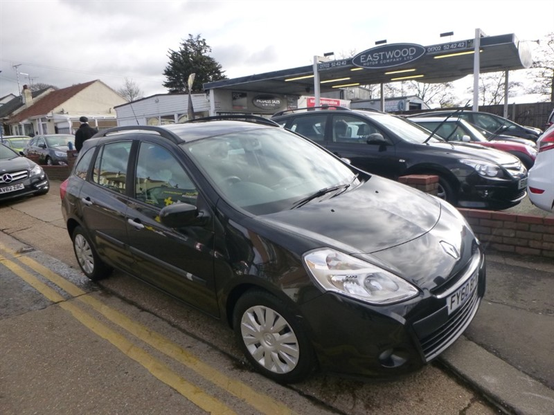 used Renault Clio EXPRESSION VVT in Essex