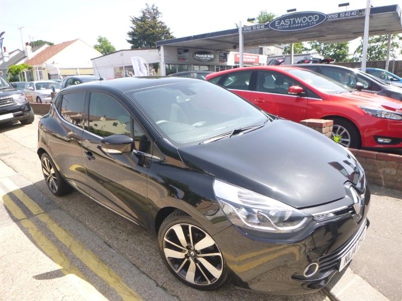 used Renault Clio DYNAMIQUE S MEDIANAV ENERGY DCI S/S in Essex