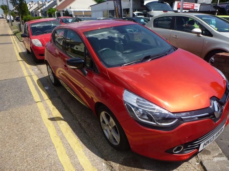 used Renault Clio DYNAMIQUE MEDIANAV in Essex