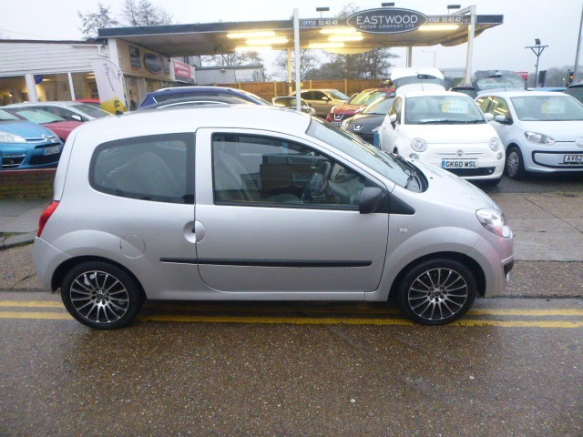 used Renault Twingo EXPRESSION in Essex