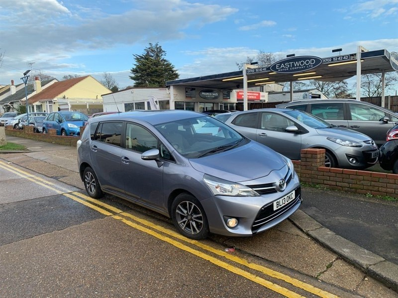 used Toyota Verso D-4D ICON in Essex
