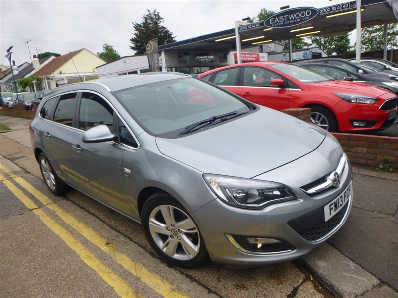 used Vauxhall Astra SRI CDTI S/S in Essex