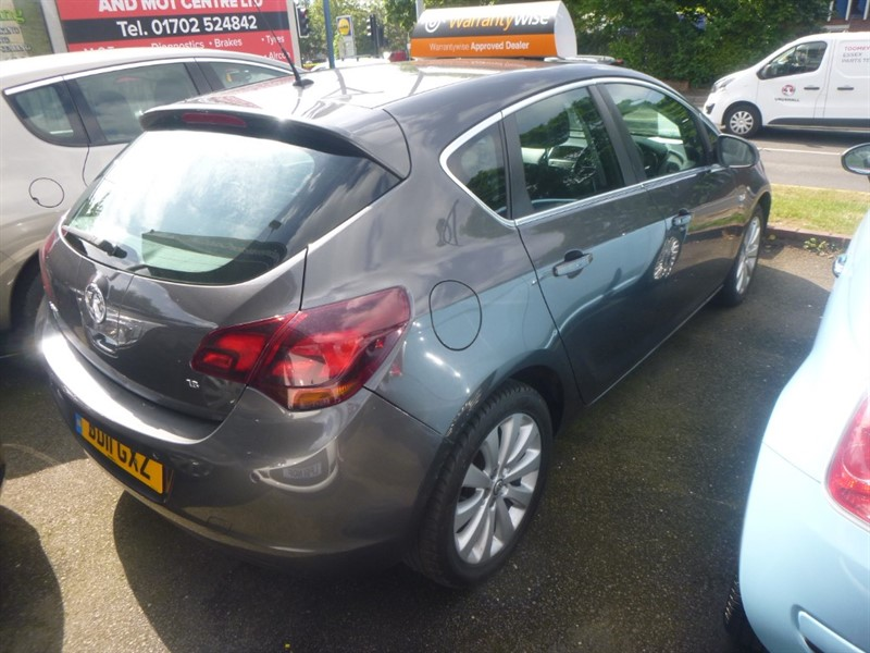 used Vauxhall Astra ELITE in Essex