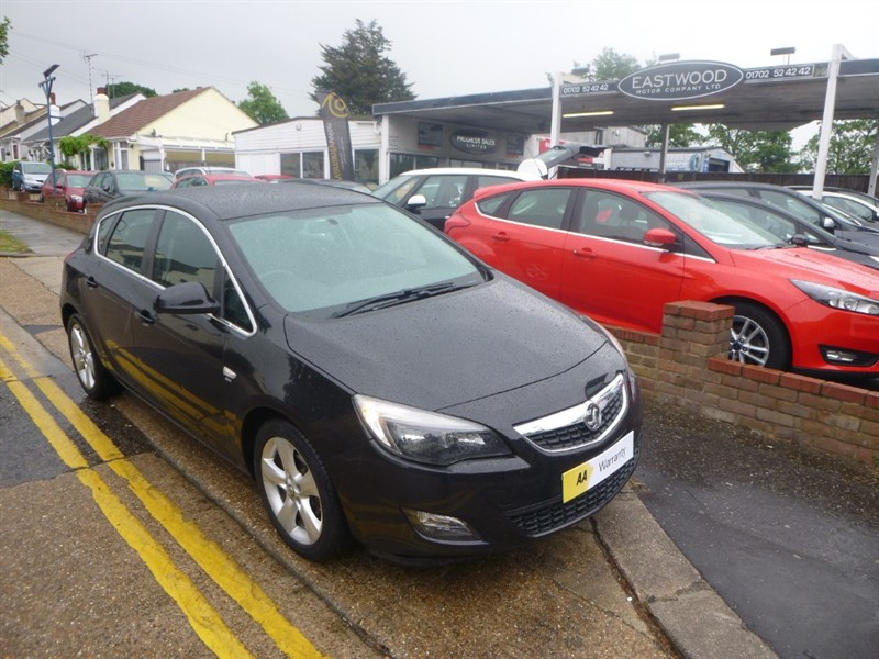 used Vauxhall Astra SRI in Essex