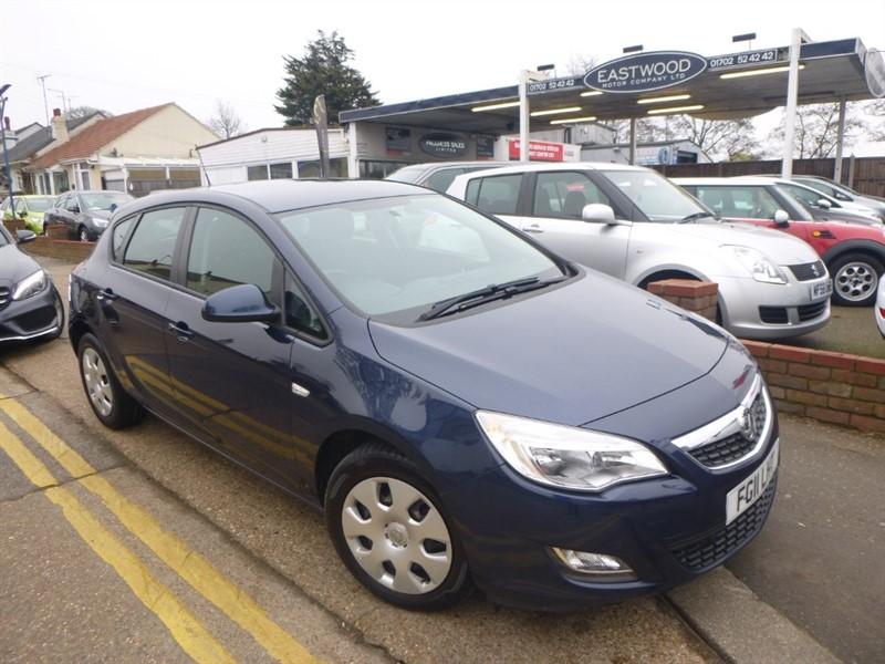 used Vauxhall Astra EXCLUSIV in Essex