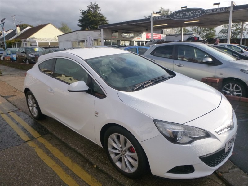 used Vauxhall Astra GTC SRI in Essex