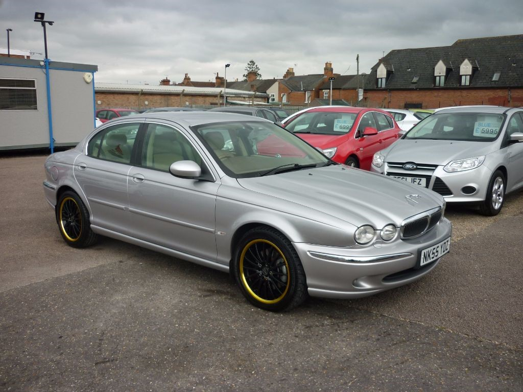 used Jaguar X-Type 2.2 SE Diesel Leather in in-colchester-and-essex