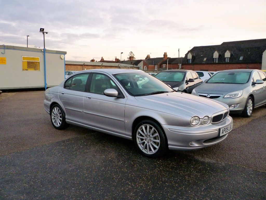 used Jaguar X-Type 2.5 V6 Sport in in-colchester-and-essex