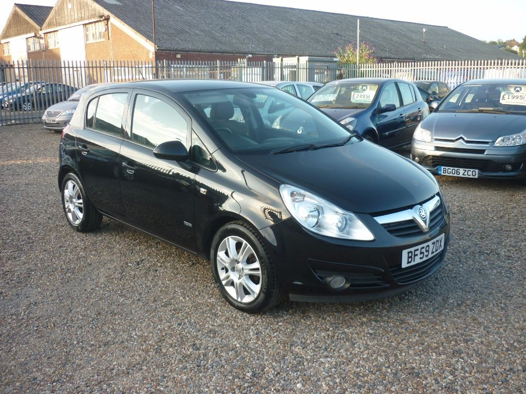 used Vauxhall Corsa 1.2 Design 16V 5Dr Alloys in in-colchester