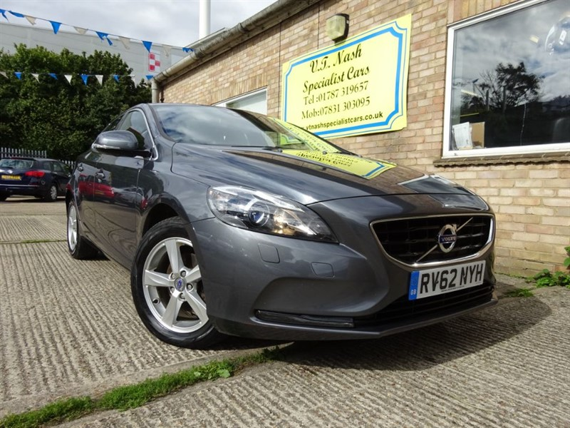 used Volvo V40 D2 SE in suffolk