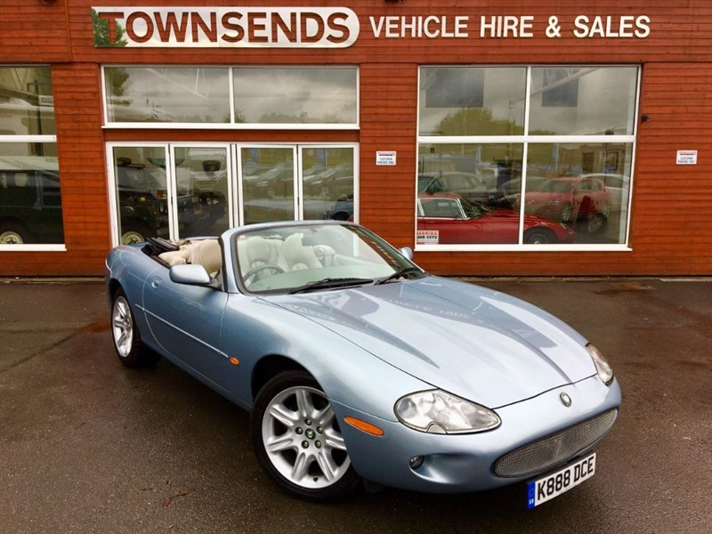 used Jaguar XK8 4.0 V8 Auto in rugby-warwickshire