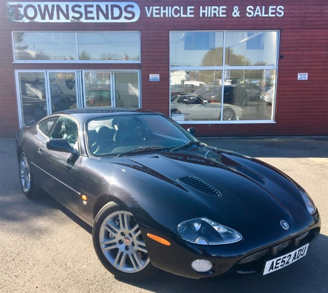 used Jaguar XKR 4.2 V8 Supercharged Auto in rugby-warwickshire
