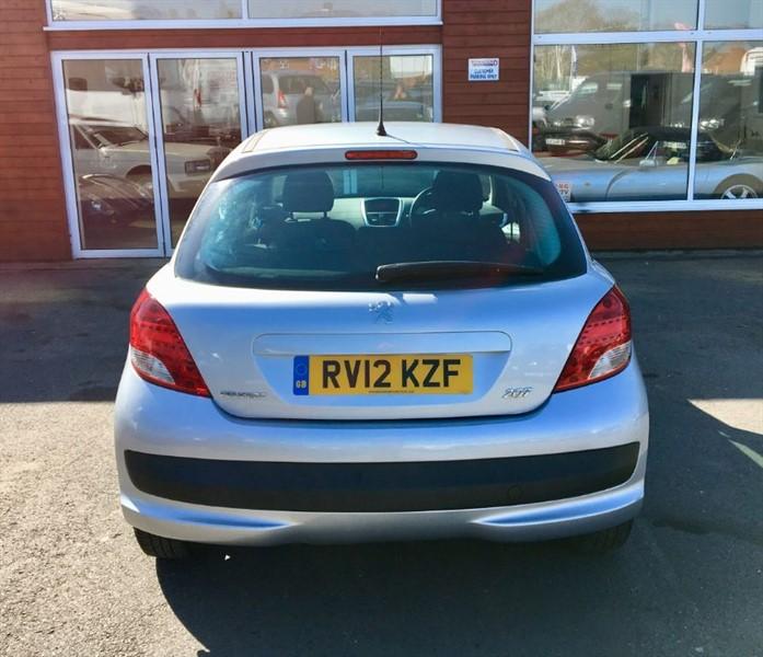 Farnham Van Sales Used Cars In Surrey: Used Silver Peugeot 207 For Sale