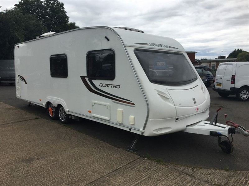 used Sprite Quattro DD **FIXED BED, MOTOR MOVER & LOVELY CONDITION** in rugby-warwickshire