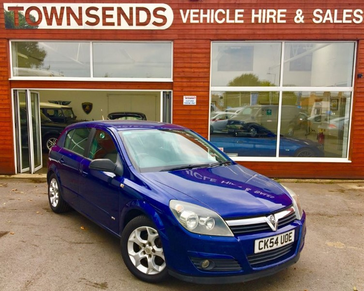 used Vauxhall Astra SXI Twinport 1.6 16V in rugby-warwickshire