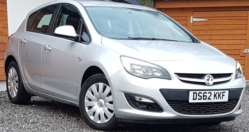 used Vauxhall Astra EXCLUSIV in inverness-scotland