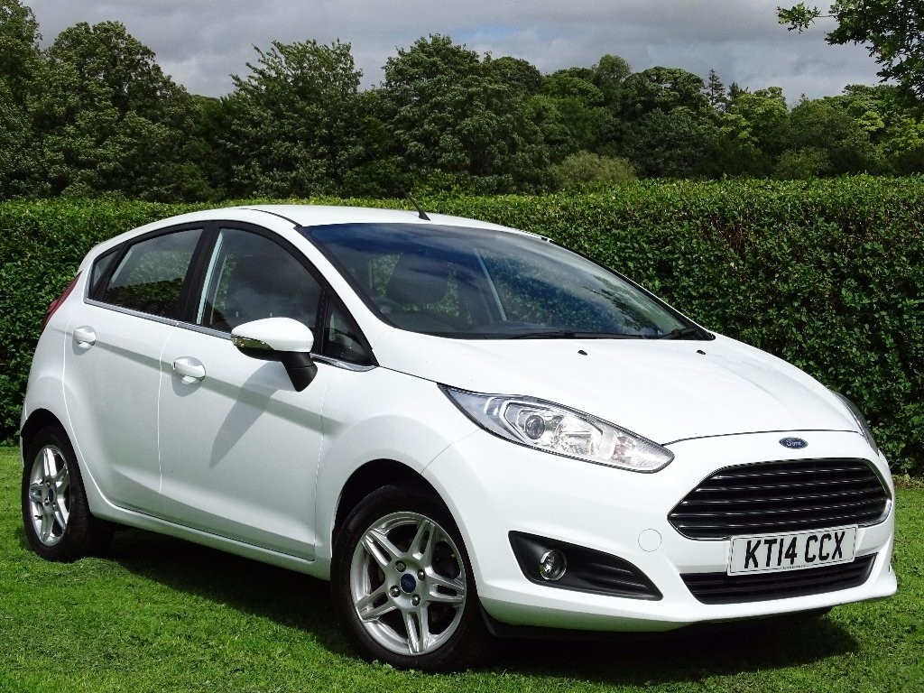 used Ford Fiesta Zetec Hatchback 5dr in in-hampshire