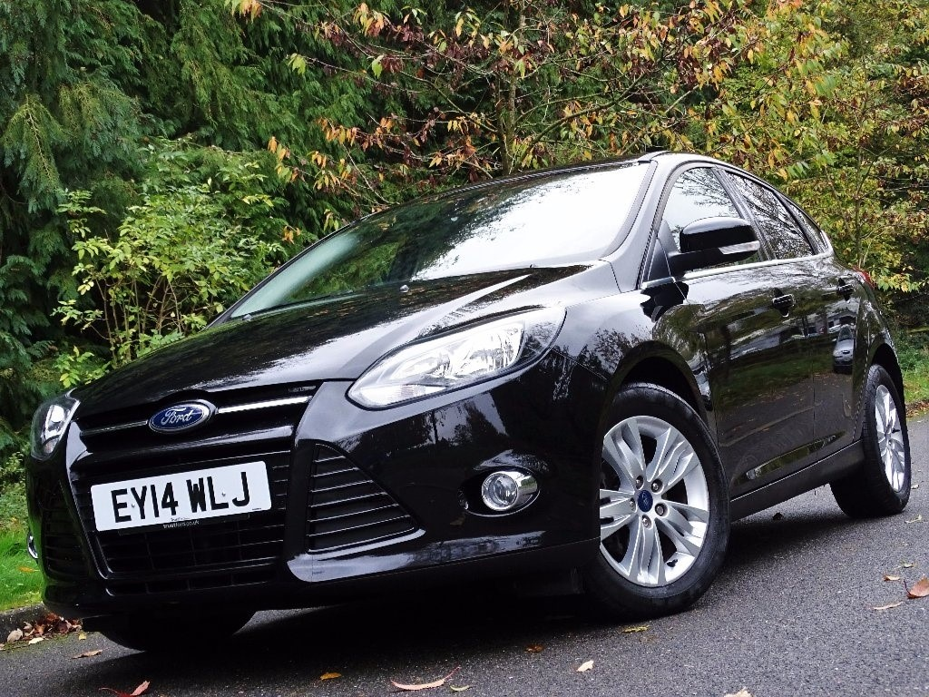 used Ford Focus SCTi EcoBoost Titanium Navigator 5dr in in-hampshire