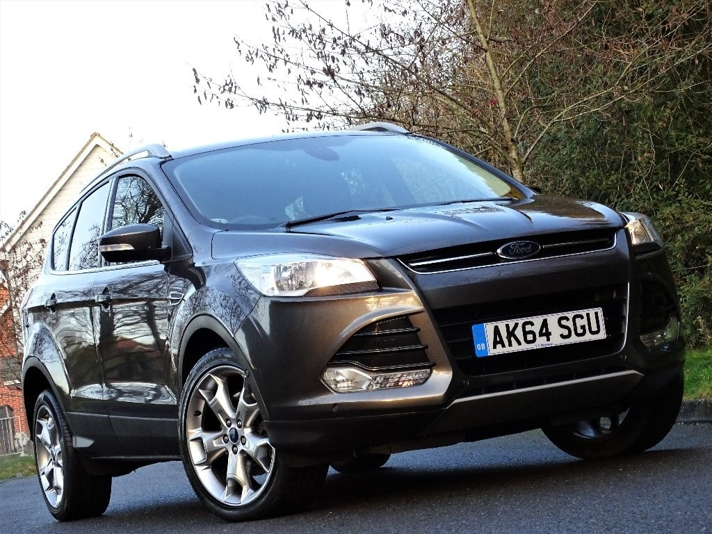 used Ford Kuga TDCi Titanium Station Wagon 5dr in in-hampshire