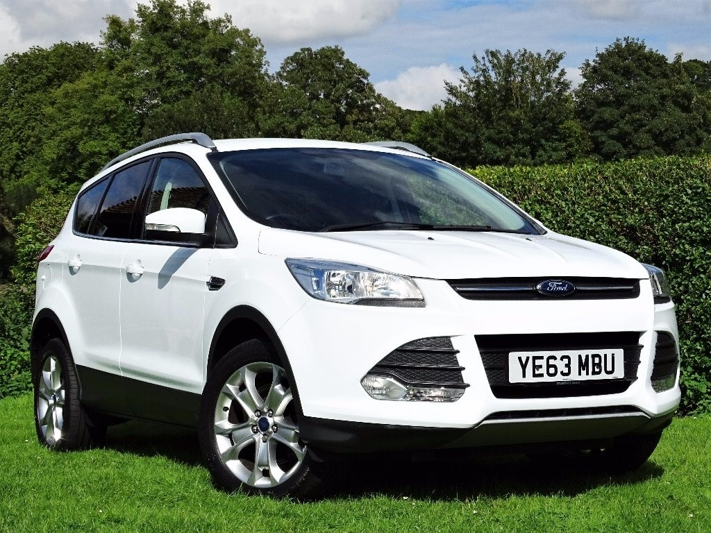 used Ford Kuga TDCi Zetec Station Wagon (AWD) 5dr in in-hampshire