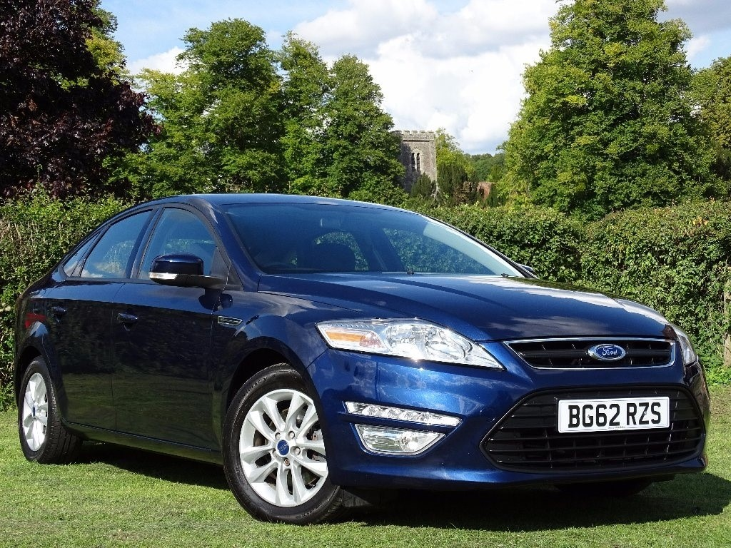used Ford Mondeo TD ECO Zetec 5dr (start/stop) in in-hampshire