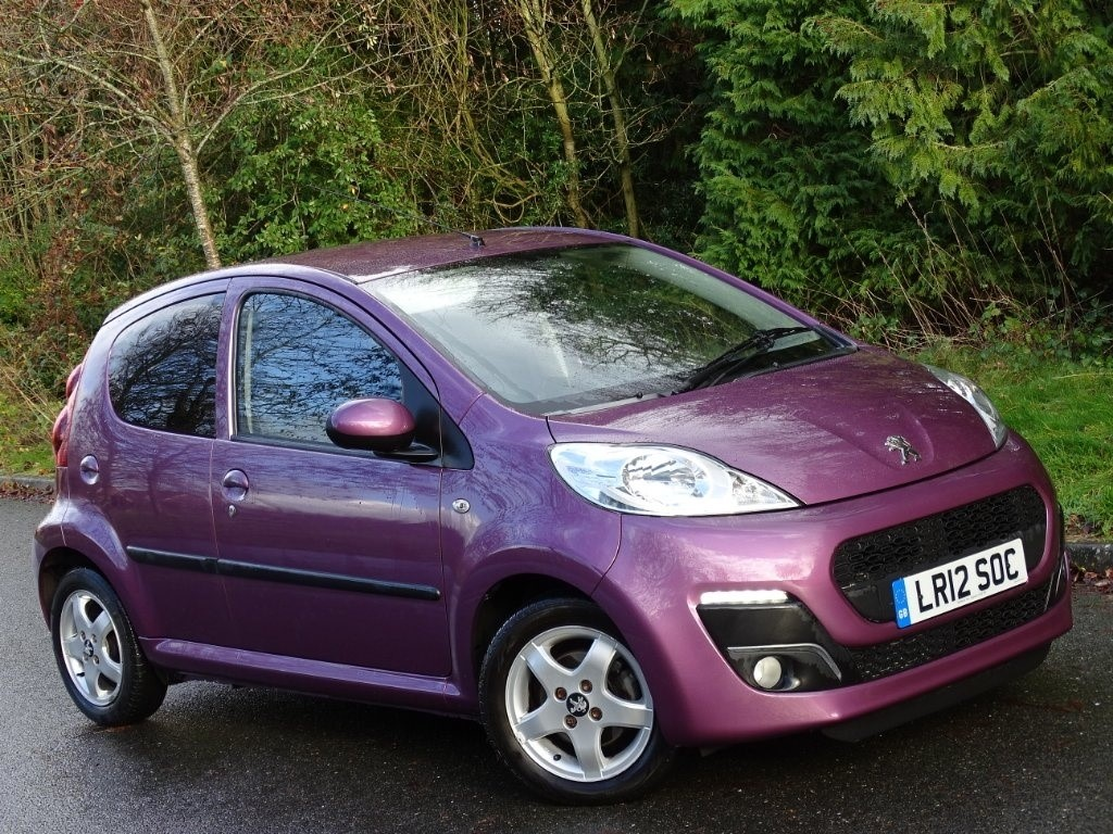 used Peugeot 107 12v Allure 5dr in in-hampshire