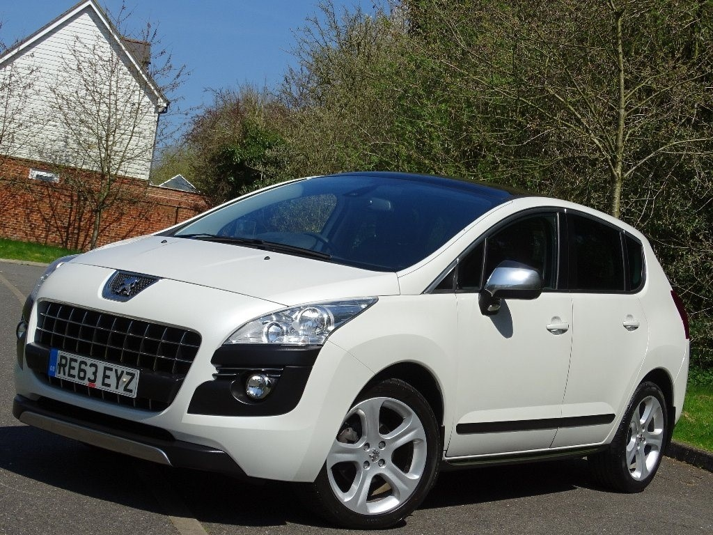 used Peugeot 3008 HDi FAP Allure 5dr in in-hampshire