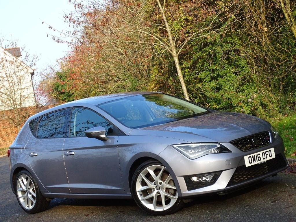 used SEAT Leon TDI FR (Tech Pack) (s/s) 5dr in in-hampshire