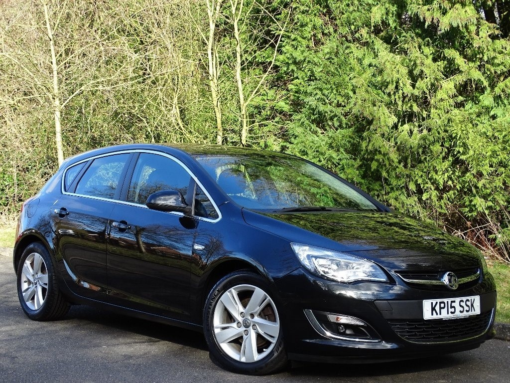 used Vauxhall Astra CDTi ecoFLEX SRi (s/s) 5dr in in-hampshire