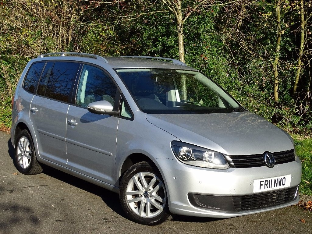 used VW Touran TDI SE DSG 5dr in in-hampshire