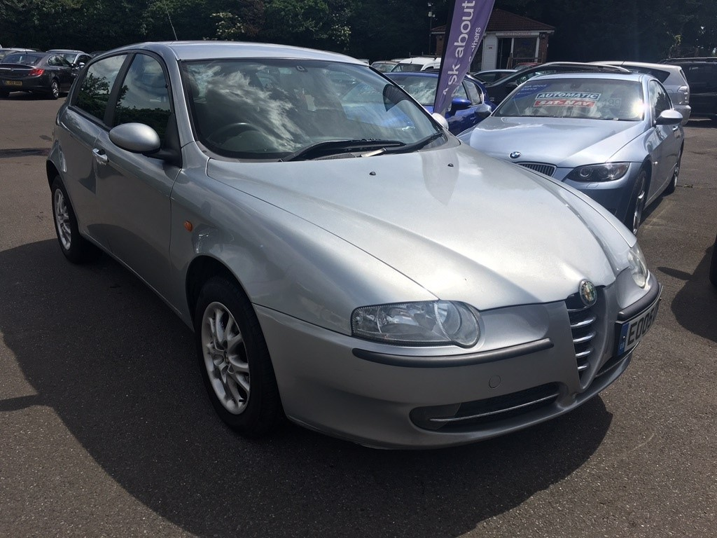 used silver alfa romeo 147 for sale kent. Black Bedroom Furniture Sets. Home Design Ideas