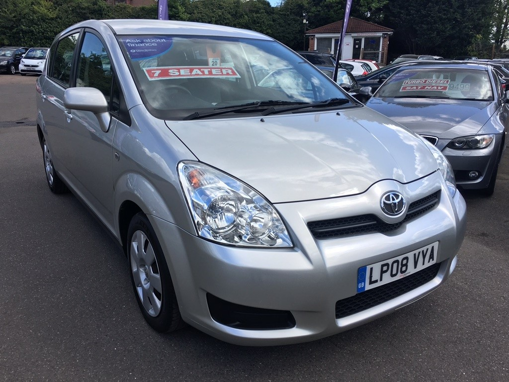 used silver toyota corolla verso for sale kent. Black Bedroom Furniture Sets. Home Design Ideas