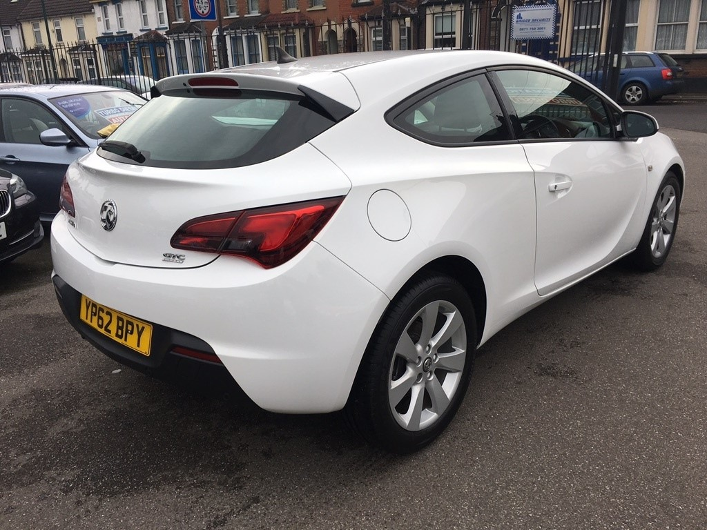 used white vauxhall astra gtc for sale kent. Black Bedroom Furniture Sets. Home Design Ideas