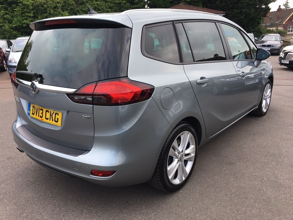 used silver vauxhall zafira tourer for sale kent. Black Bedroom Furniture Sets. Home Design Ideas