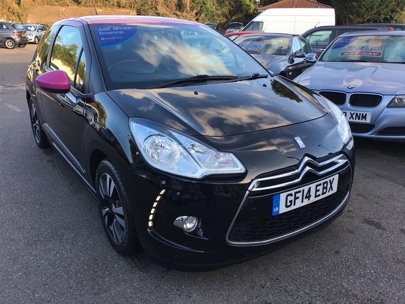 used Citroen DS3 VTi DStyle Pink 3dr in rochester-kent