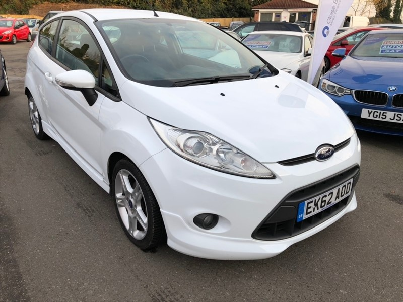 used Ford Fiesta TD Zetec S 3dr in rochester-kent